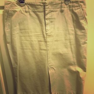 Khaki pencil skirt from Old Navy. Never worn.